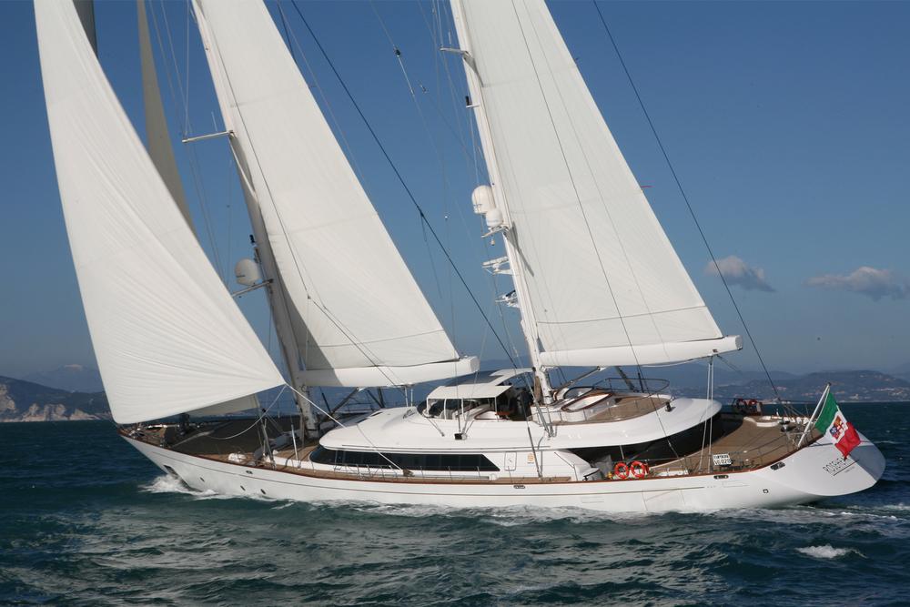 sailing-gallery-1.jpg