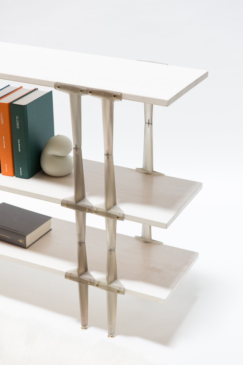 TYM001_Tee Column Bookshelves_04.jpg