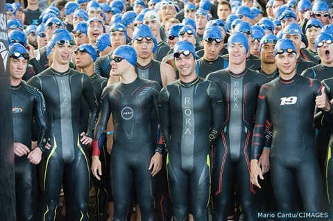 Image from USA Triathlon- CIMAGES. Start of men's non-draft race.