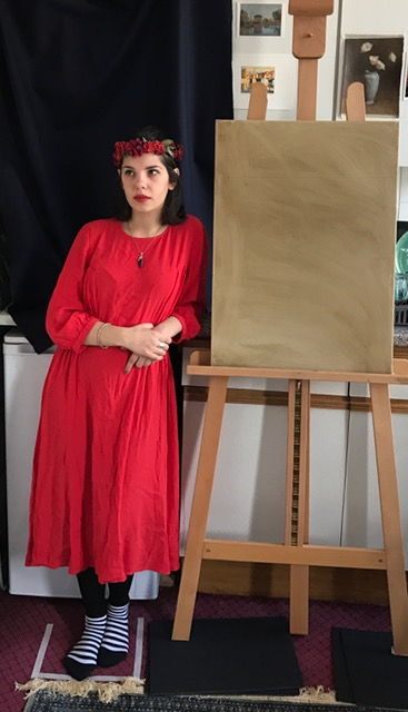 When painting sight-size, the subject is placed next to the canvas so that the artist can observe both in their entirety from a distance at a one-to-one scale.