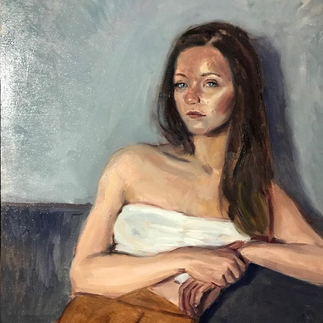 Small quick sketch of fellow warehouse dweller and talented designer @tessmorwen. . . . #painting #oilpainting #oil #art #artofvisuals #artofinstagram #instaart #paintanyway #paintingfromlife #sightsize #portrait #portraitpainting #artistsoninstagram
