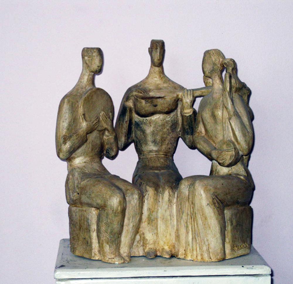 31.Trio 2004 year bronza H 27x14x24cm5500 $.jpg