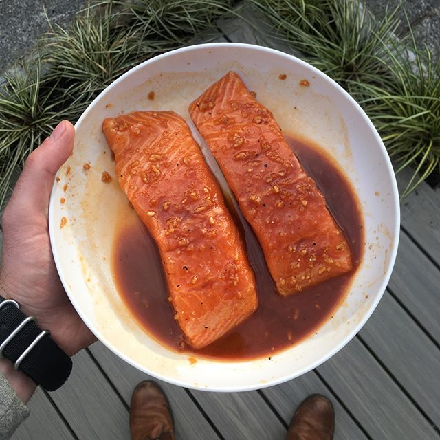 @sriracha_fg , Soy & Honey is on the money 💸🐝🌶 ••• Simple marinade to add a sweet heat to your Salmon 👌🏼