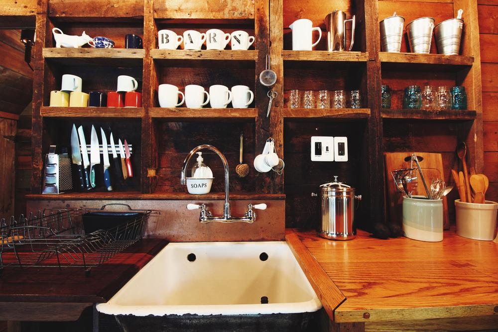 5 - kitchen 2.jpg