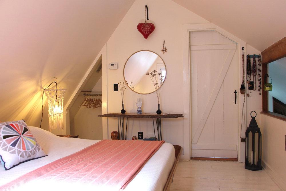 King-Bedroom-3.jpg