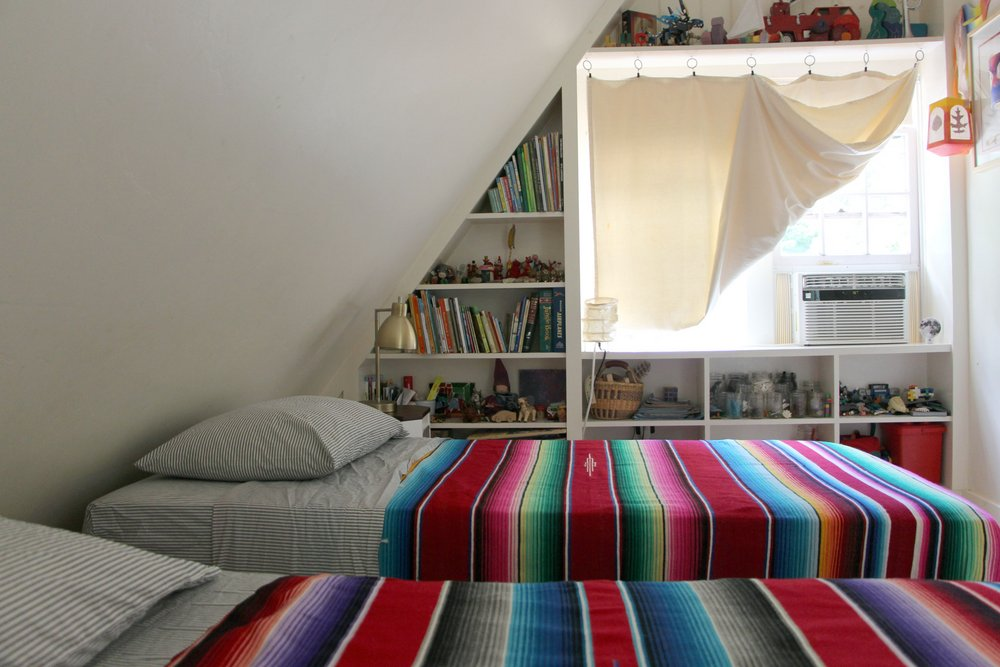 Twin-Bedroom-3.jpg