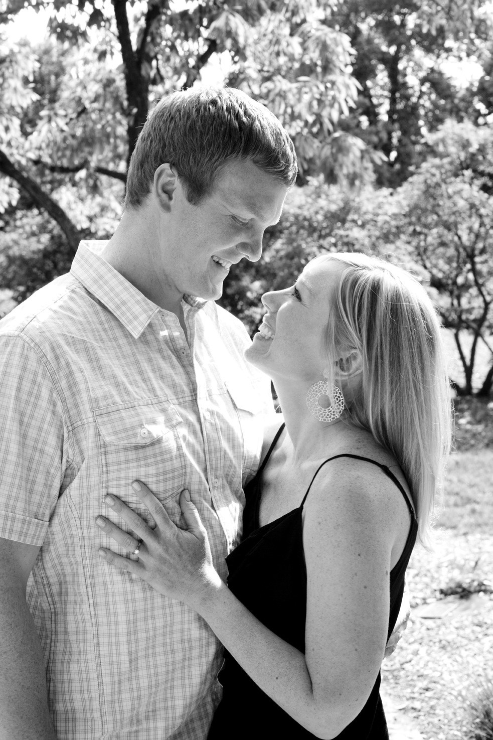 Engagement Photo Session with Mary and Dave in Lilacia Park, Lombard