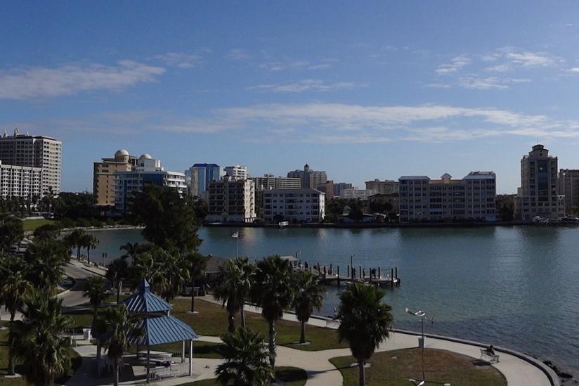 Skyline_of_Sarasota,_Florida.jpg