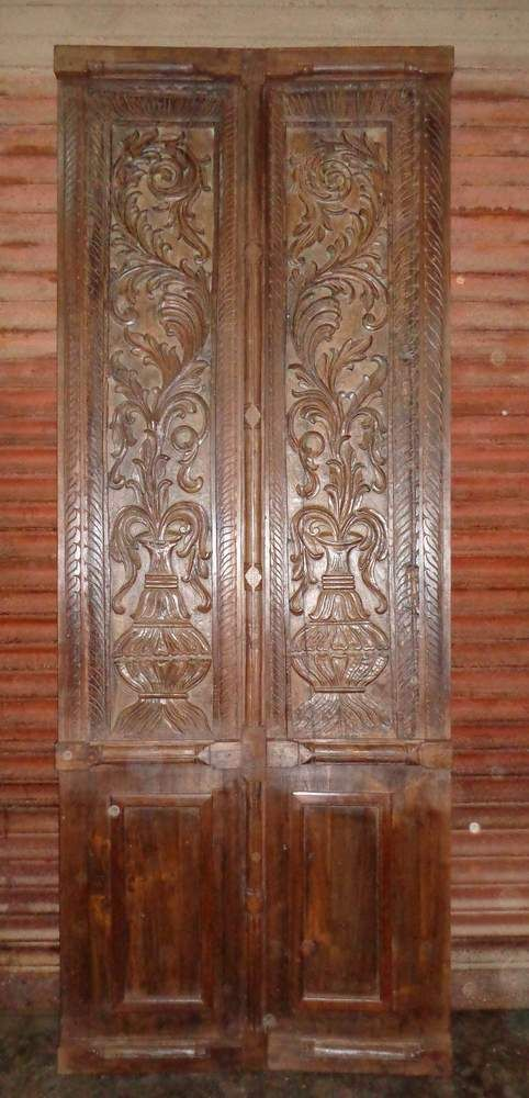Carved Doors MMN030.jpg
