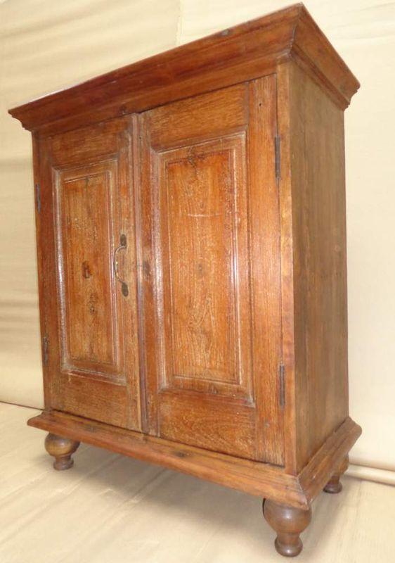 Small Cabinet XMM073.jpg