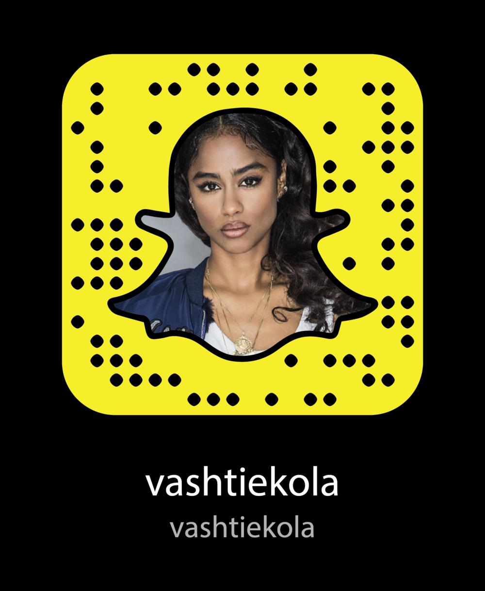 vashtiekola-Beauty-Bloggers-snapchat-snapcode.png