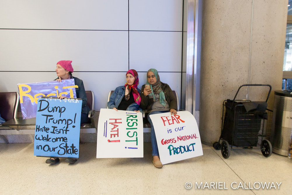 Mariel-Calloway-Los-Angeles-Photojournalist-LAX-Protest-9.jpg