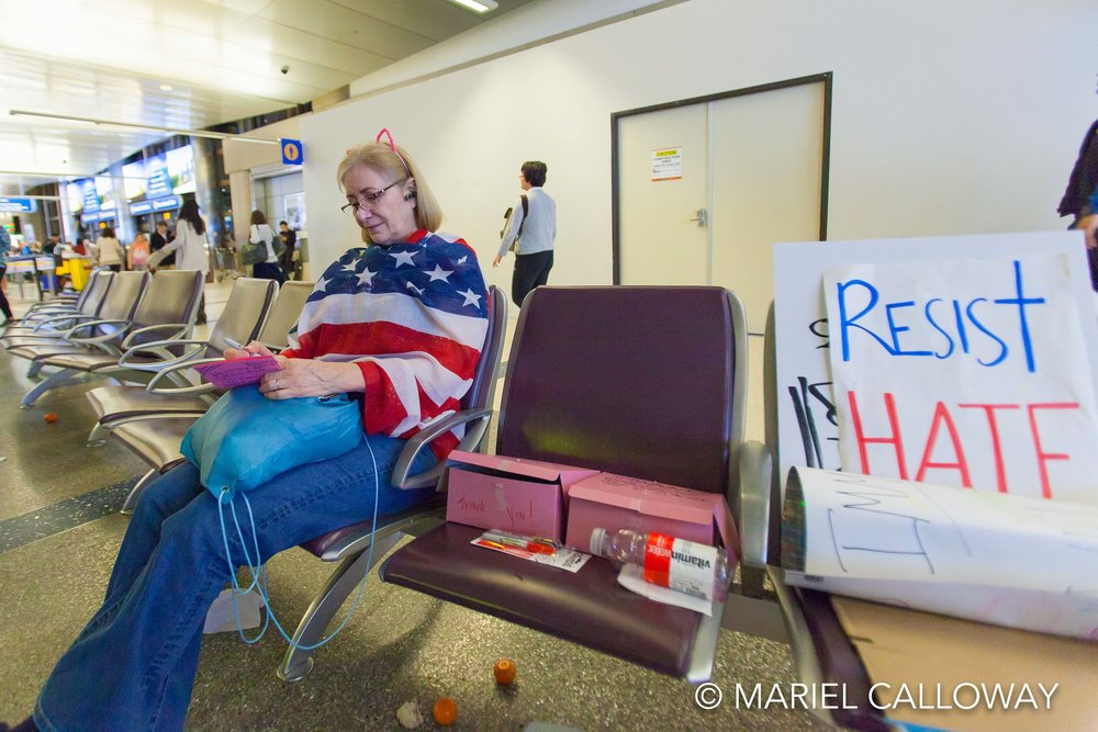 Mariel-Calloway-Los-Angeles-Photojournalist-LAX-Protest-21.jpg