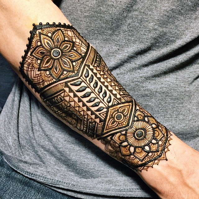 Arm Shield Henna