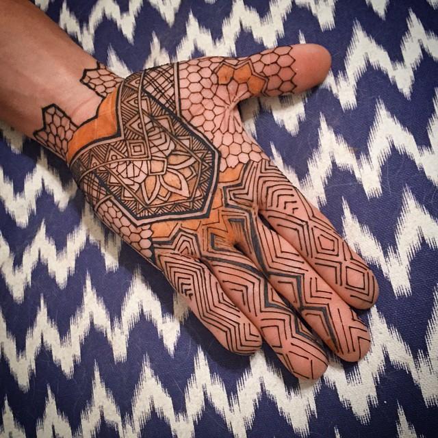 henna palms hands