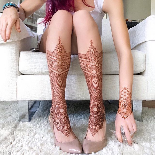 remember these? 🍂 throwback #legshields version no. 3 ••• absolutely my favorite henna placement ever! - Inspired by the superbly aesthetic work of @anoushka_irukandji #whynot #betterthanboots
