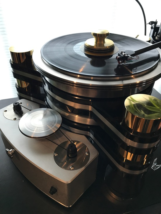 Harry Weisfeld's magnificent Titan Turntable. Rim Drive. And the only one in gold.