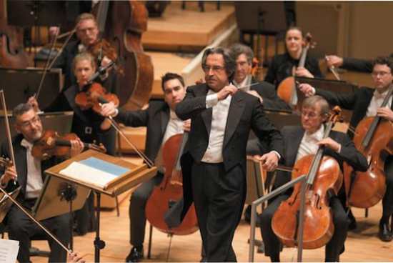 Riccardo Muti conducting the Chicago Symphony Orchestra. Photo: http://vivimilano.corriere.it