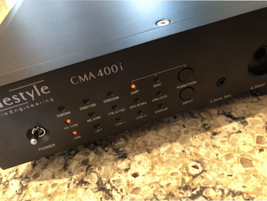 Function lights aplenty, incl. DSD64, DSD128 and DSD 256, AMP, DAC, USB etc.