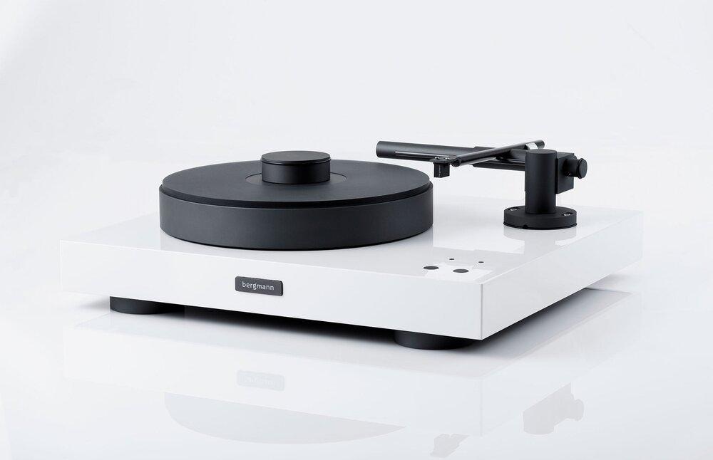 Bergmann Audio Magne Turntable Audiophilia