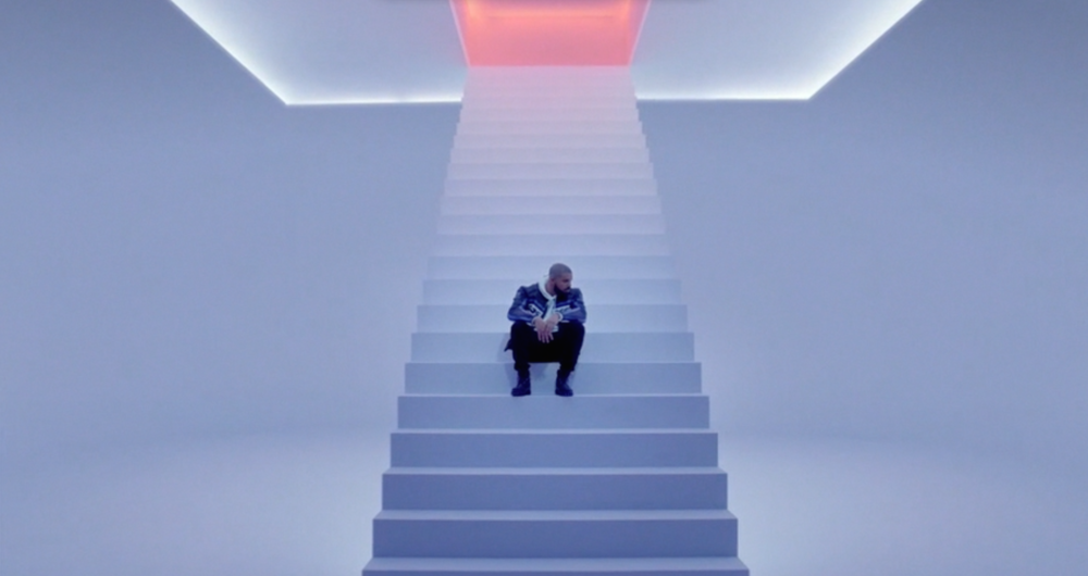 """A contemplative Drake in """"Hotline Bling"""""""