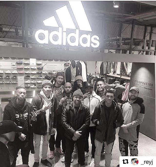 Excited to have built the foundation w/ StripeTalk Adidas in 2016...Looking forward to what 2017 has in store!#adidas #stripetalk #newjersey #nyc #basketball #hoops #flourishandmuliply #fam #Repost @_reyj with @repostapp ・・・ Man I am so blessed to have all these people in my life. Because of them Episode 20 is absolutely amazing...my @_stripetalk family !!! It drops on iTunes, SoundCloud, and of course www.stripeTALK.com at 11am EST!!!
