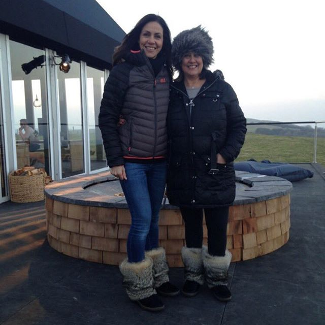 We are loving @therealjuliabradbury on @bbc @bbctheoneshow talking about everything walking. Here she is wearing our boots braving the cold!! Follow in her footsteps and follow us.. - - - #bbc #london #walking #boots #shoes #comfy #warm #cosy #walking #walkingboots #cold #winterfashion #fashion #fashiongram #fashionblogger #women #womensshoes #footwear #style #country #ski #apresski #slopestyle #snow #snowboarding
