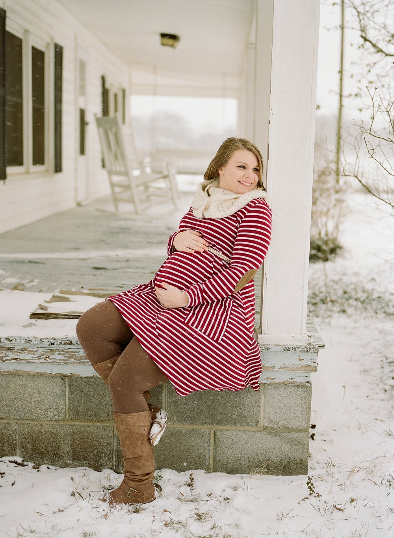 Wintery, country maternity photos