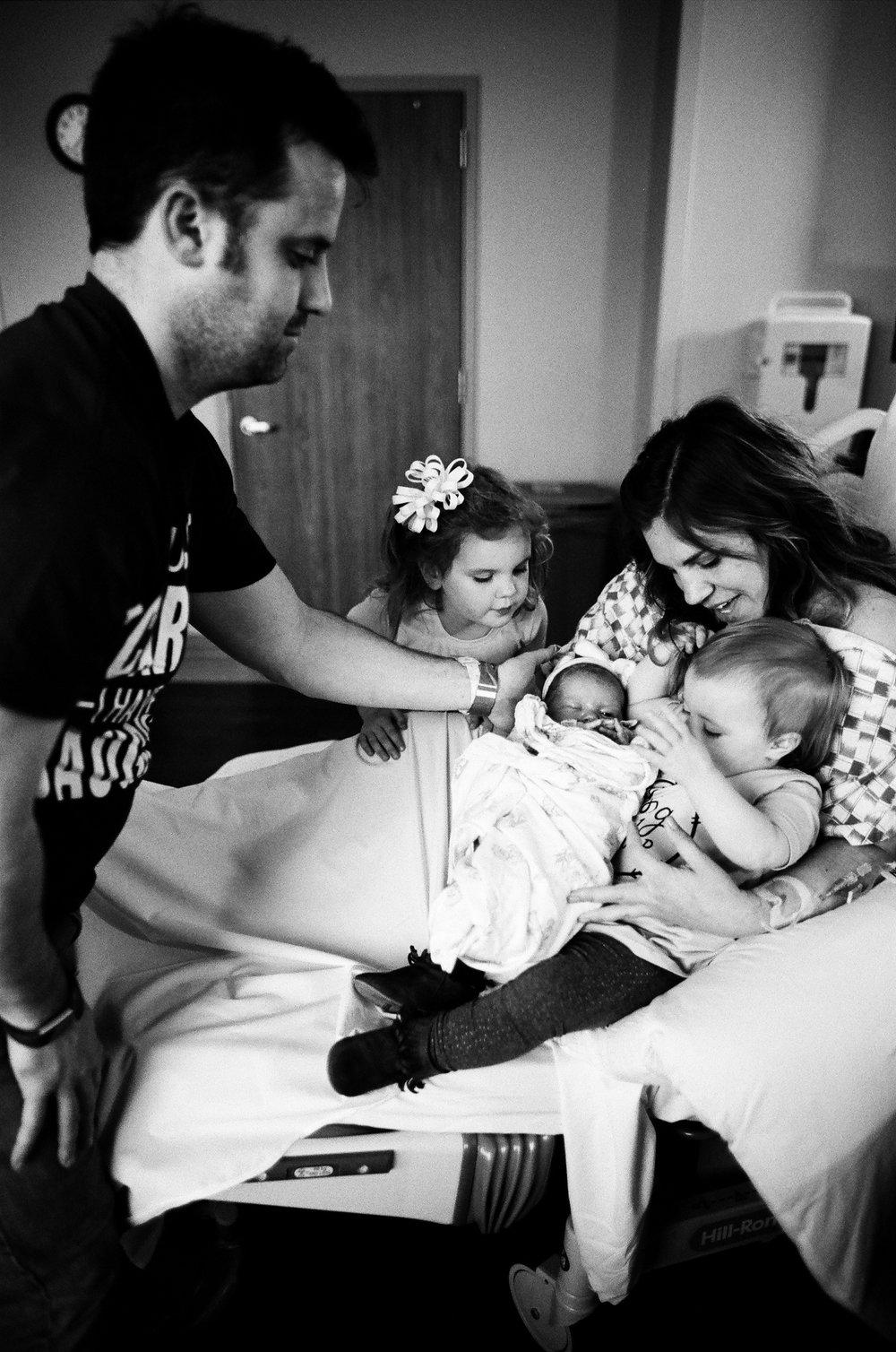 best Nashville birth photographers