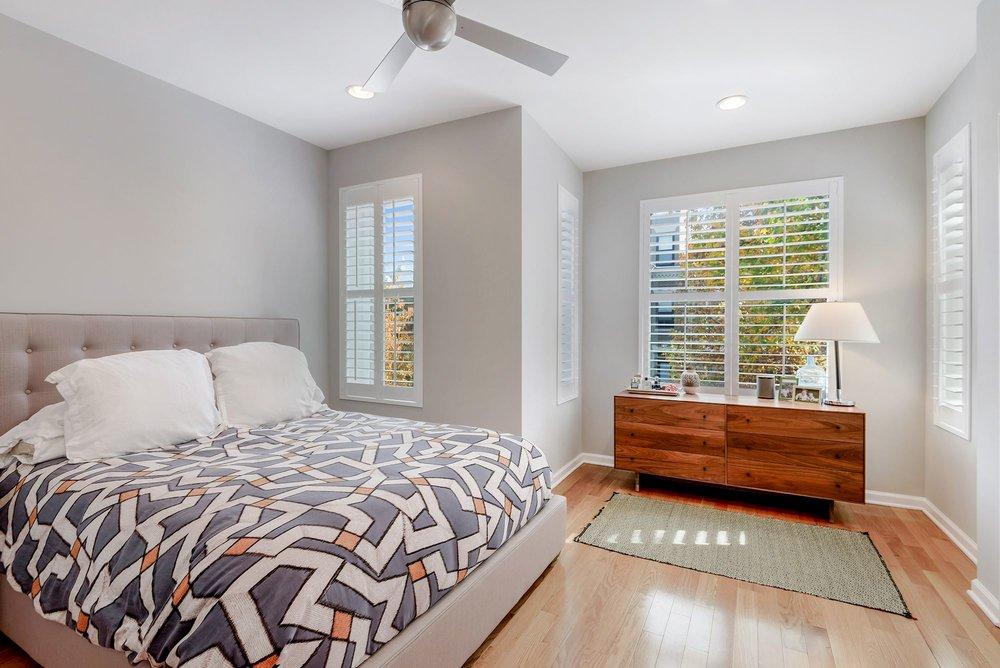 013 - Master Bedroom.jpg
