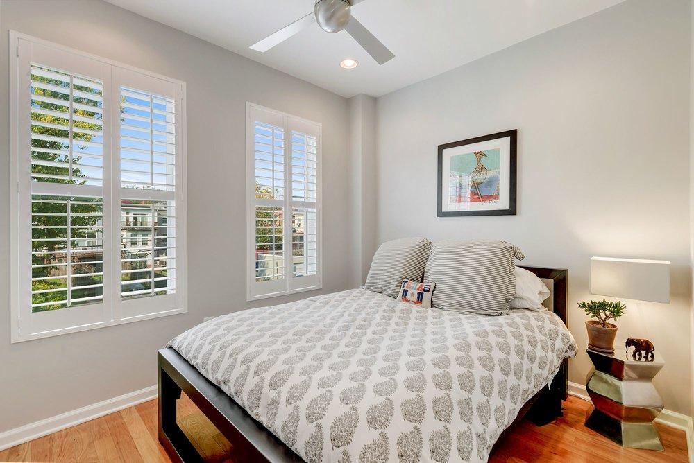 016 - Guest Bedroom.jpg