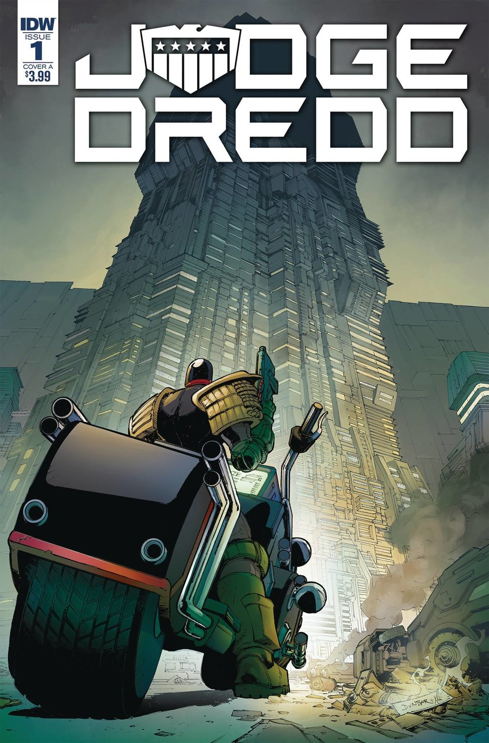 JUDGE DREDD UNDER SIEGE #1