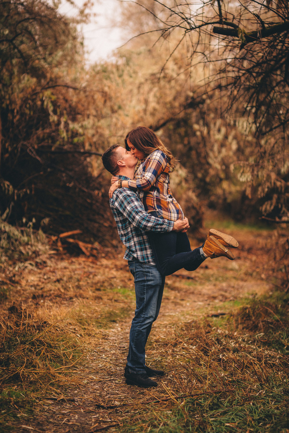 tri-cities engagement and wedding photographer