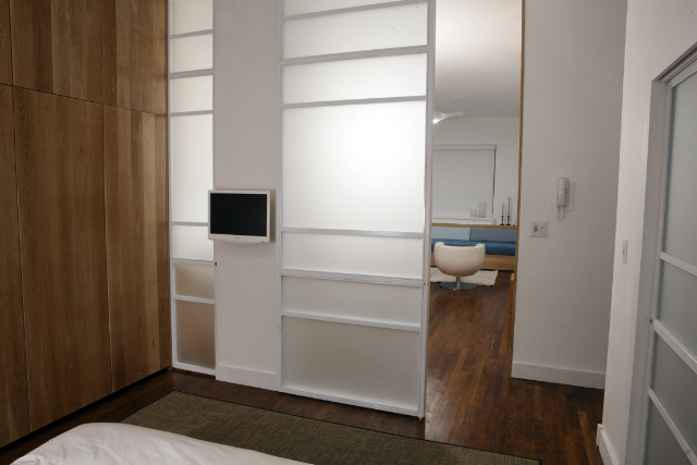 09 Bedroom.jpg