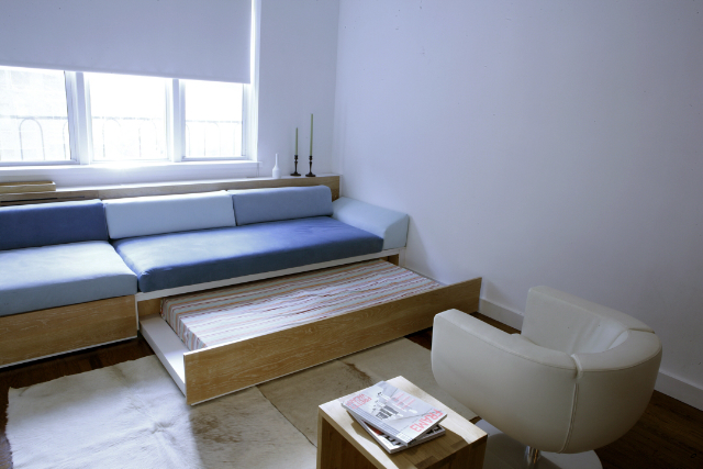 07 Livingroom.jpg