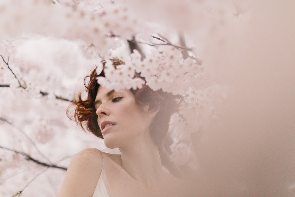 blush-creative-florist-hunt-and-gather-ryanne-hollies-photography-bridal-session-editorial-high-fashion-sash-and-bustle.jpg