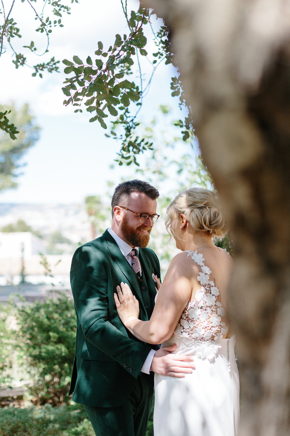 european-wedding-spain-wedding-photographer-destination-wedding-photographer-from-toronto-ryanne-hollies-photography-documentary-editorial-style-toronto-wedding-photographer-first-look-groom-and-bride-kissing-emotional-powerful-real-love.jpg