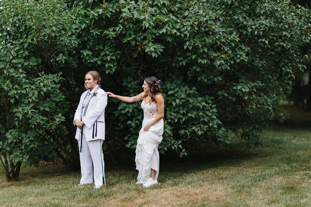 cambium-farms-wedding-toronto-wedding-photographer-ryanne-hollies-photography-gay-wedding-farm-wedding-inspiriration-candid-documetary-tattooed-bride-portrait-first-look-waiting-anticipation-real-life.jpg