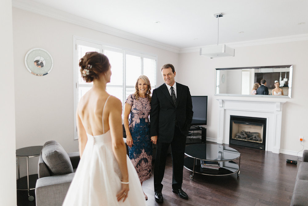 Best-Toronto-Wedding-Photographers-Photojournalistic-Wedding-Photography-in-Toronto-Ryanne-Hollies-Photography-candid-documentary-bradford-newmarket-bride-getting-ready-lea-ann-belter-bridal-first-look-with-dad-inspiration.jpg