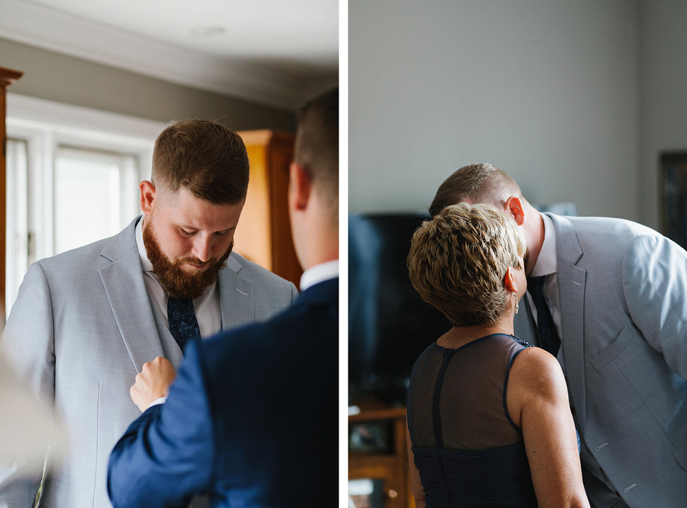 7-Alternative-Toronto-Wedding-Photographers-Photojournalistic-Wedding-Photography-in-Toronto-Ryanne-Hollies-Photography-candid-documentary-bradford-newmarket-groom-getting-ready-with-mom.jpg