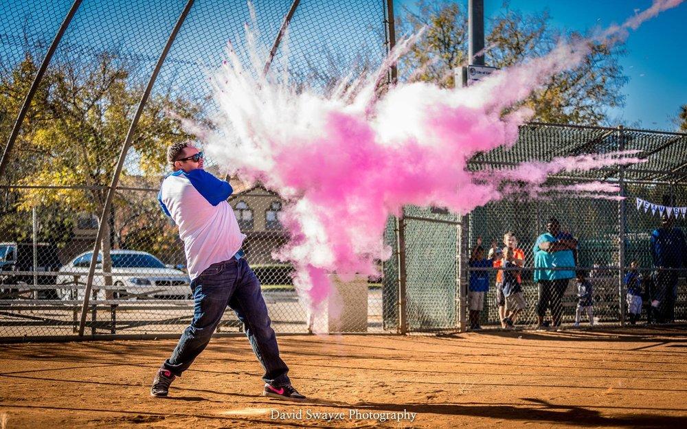 creative-gender-reveal-baseball-crack.jpeg