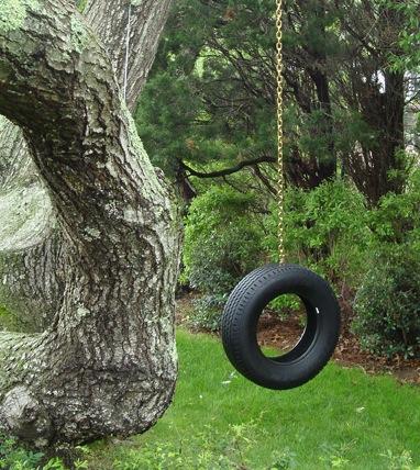 one_chain_tire_swing.jpg