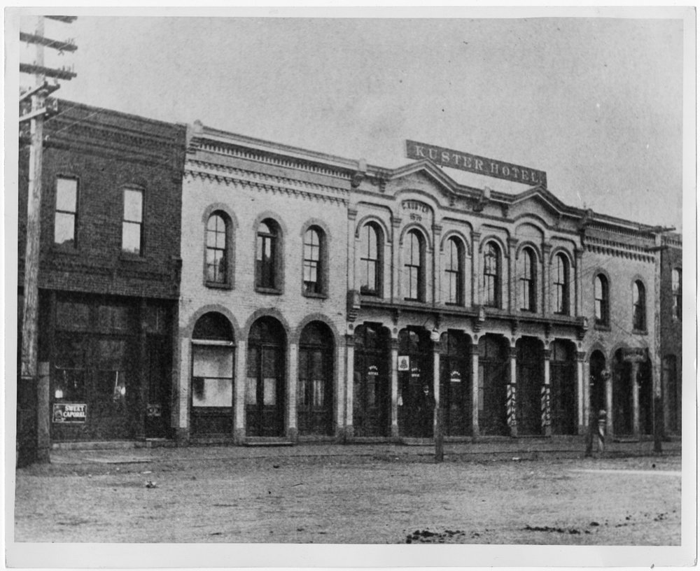 The Kuster Hotel in 1910. Photo courtesy: Clarice Whittenburg Collection, American Heritage Center, University of Wyoming