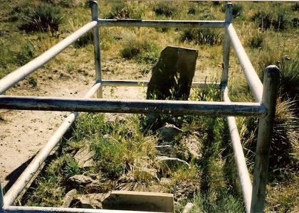 Alvah Unthank grave
