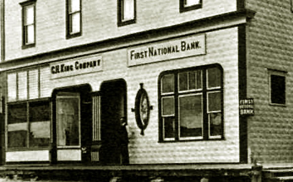 Historic photograph of C.H. King Company and First National Bank of Shoshoni. Photo from wyomingtalesandtrails.com