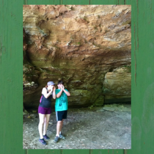 hocking-hills-whispering-cave.png