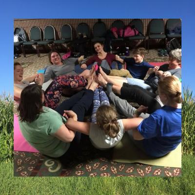 encore-workshop-yoga-evie.png