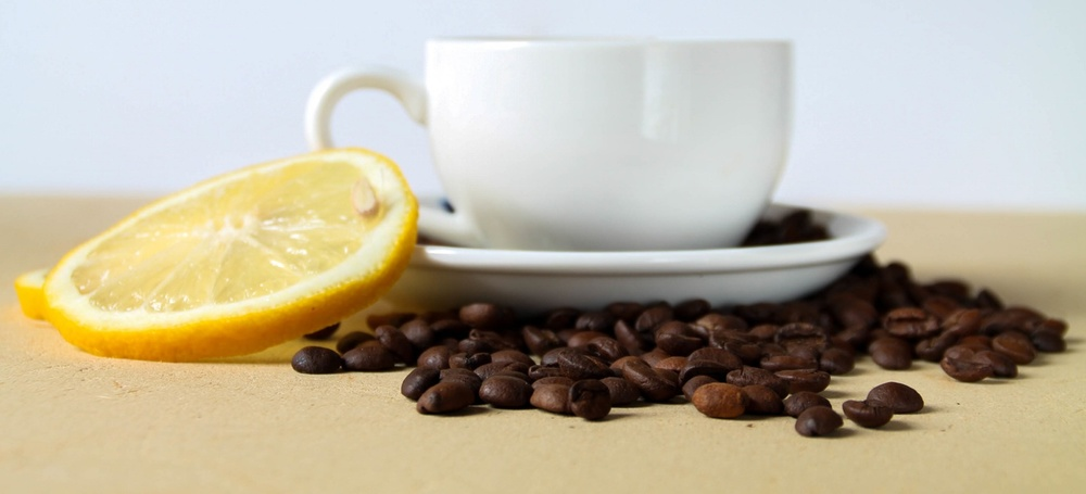 why you should drink hot water and lemon