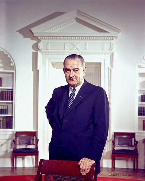 33. Lyndon B Johnson.jpg