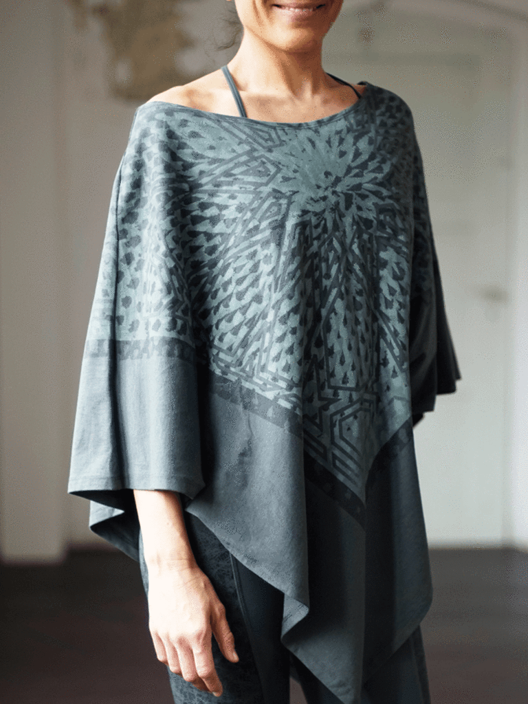 Sharmila Yoga tunic